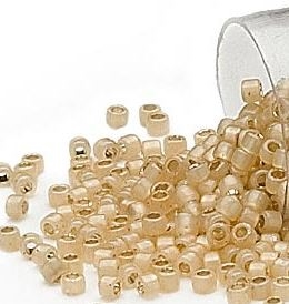 Seed beads, Delica 11/0, silver-lined glazed opal tan, 7,5 gram. DB1458V